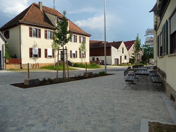 Vorplatz Gasthaus in Kaubenheim